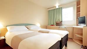 Premium bedding, desk, free WiFi, alarm clocks
