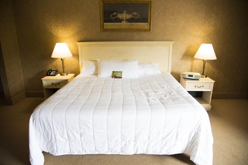 Pocono Palace Resort: 2019 Room Prices $127, Deals & Reviews | Expedia