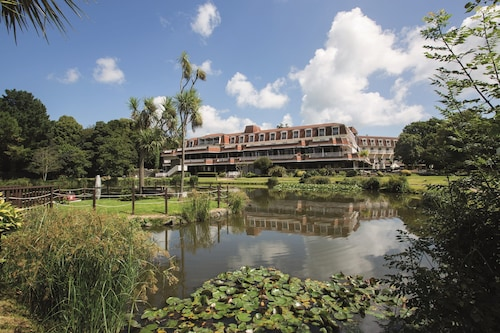 St Pierre Park Hotel & Golf
