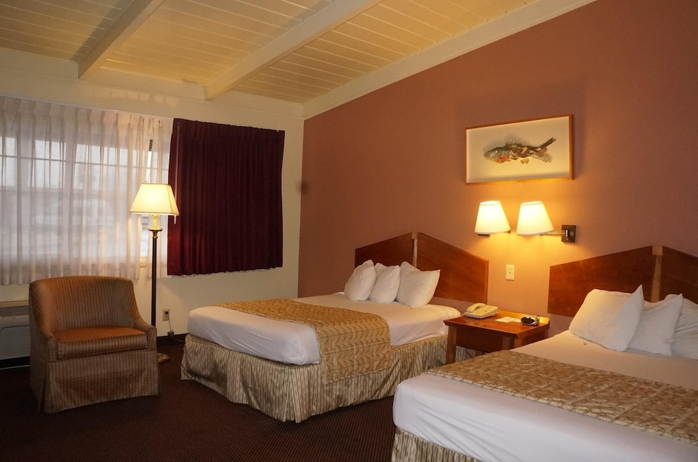 Room, Americas Best Value Inn & Suites Oroville
