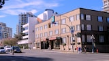 Quality Inn Downtown Inner Harbour - Victoria Hotels