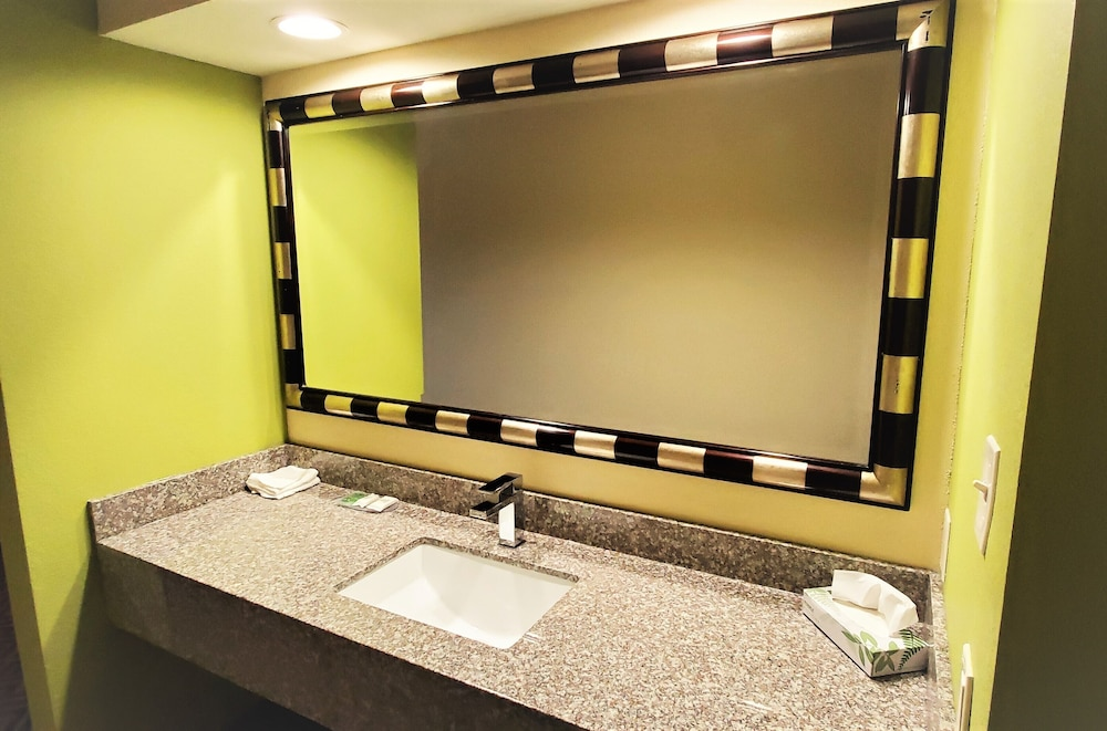 Bathroom Sink, Travel Inn & Suites