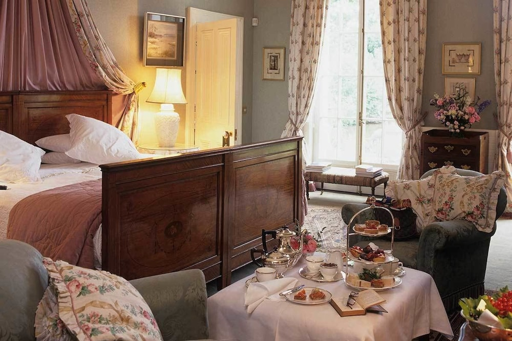 Room Service - Dining, Marlfield House
