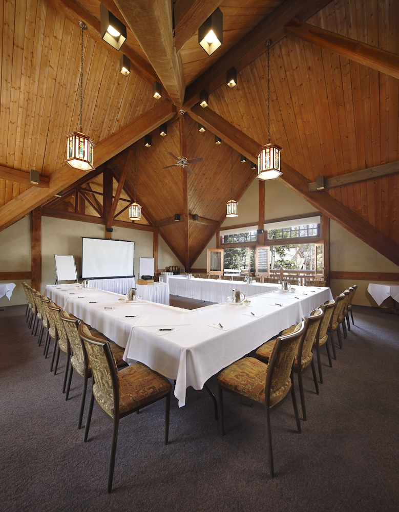 Meeting Facility, Buffalo Mountain Lodge