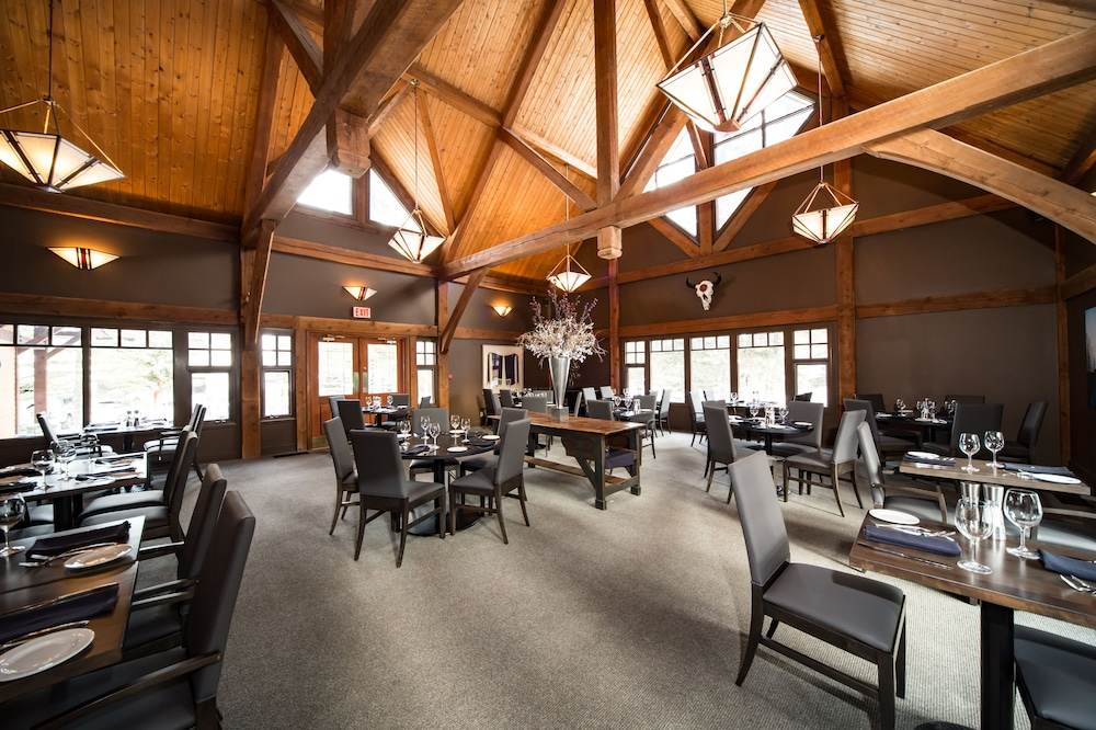 Interior, Buffalo Mountain Lodge