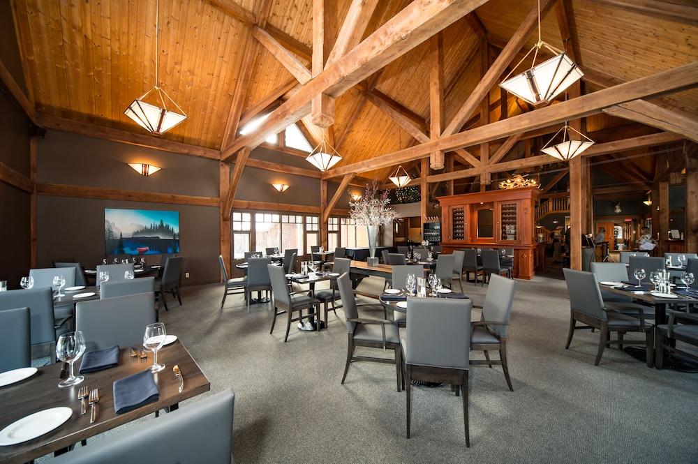 Restaurant, Buffalo Mountain Lodge