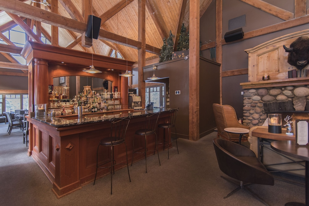 Bar, Buffalo Mountain Lodge