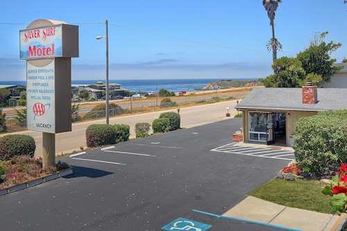Great Place to stay Silver Surf Motel near San Simeon