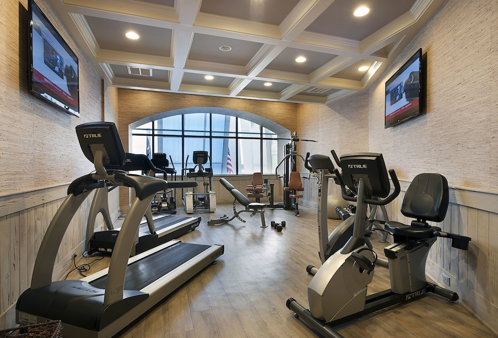 Fitness Facility, Coral Beach Resort Hotel & Suites