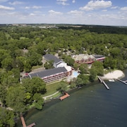 Hotels In Green Lake Heidel House Resort Spa