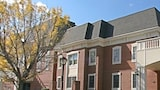 Mansion View Inn & Suites - Springfield Hotels