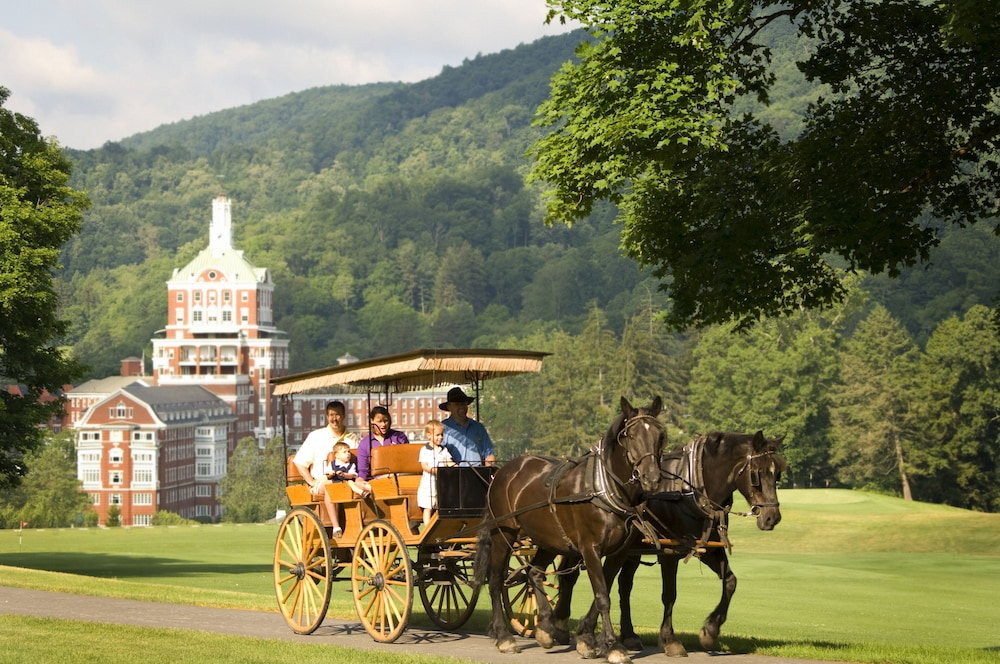 Property Grounds, The Omni Homestead Resort