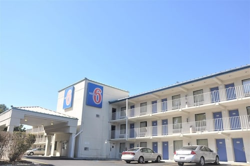 Motel 6 Raleigh Southwest Cary