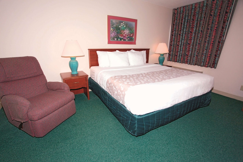 Room, La Quinta Inn by Wyndham Wausau