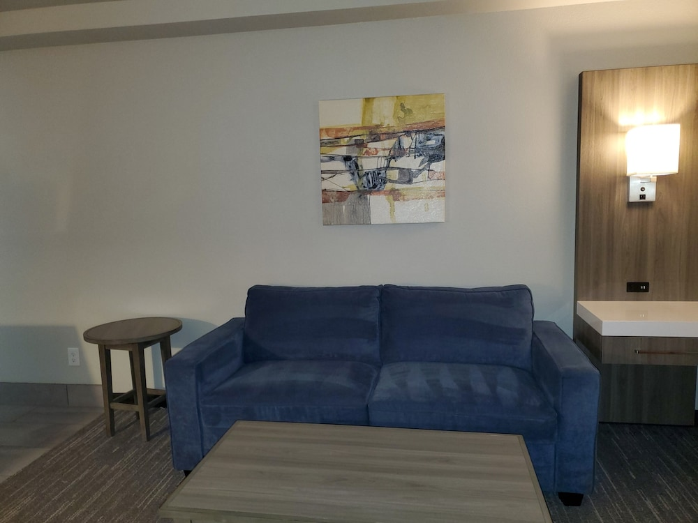 Living Area, Best Western Plus Renton Inn