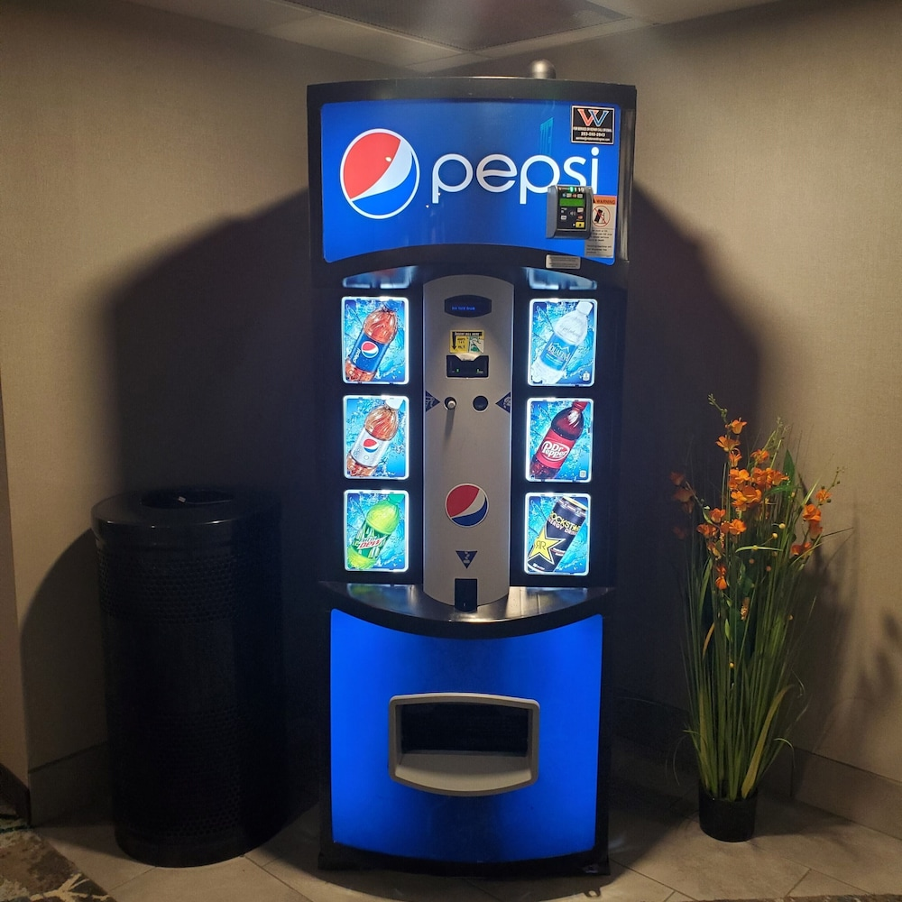 Vending Machine, Best Western Plus Renton Inn