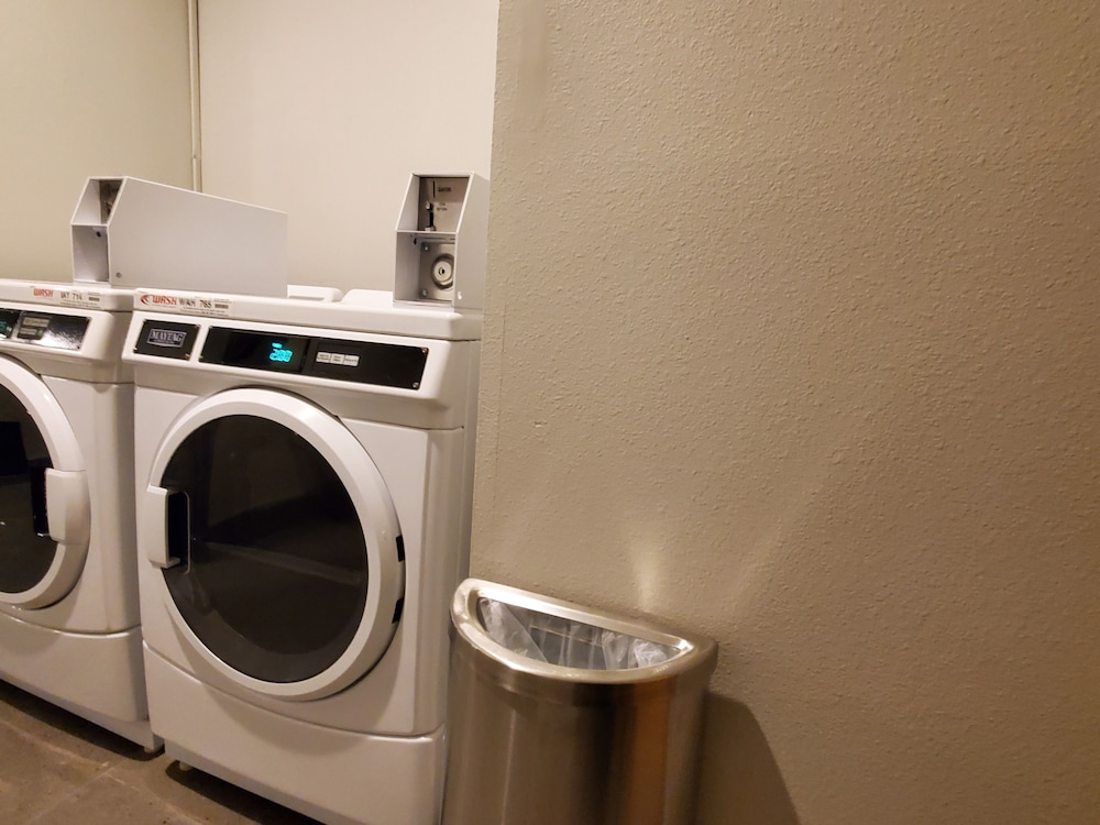 Laundry Room, Best Western Plus Renton Inn