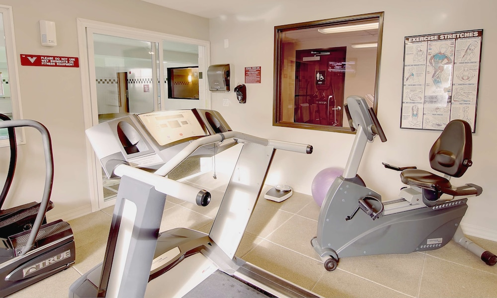 Fitness Facility, Phoenix Inn Suites - Lake Oswego
