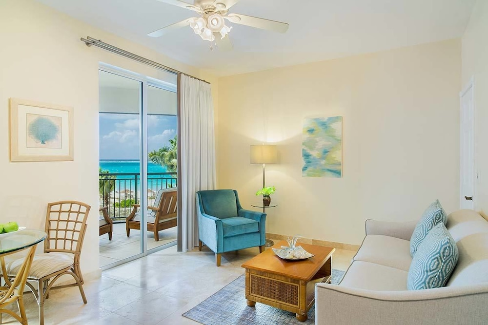 Living Area, The Sands at Grace Bay
