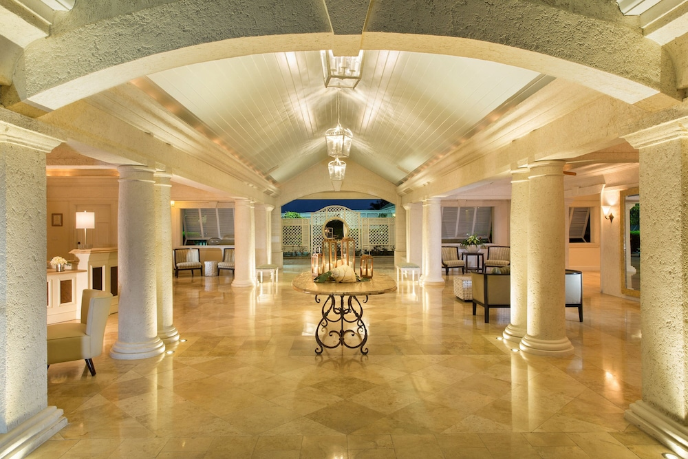 Lobby, The Sands at Grace Bay