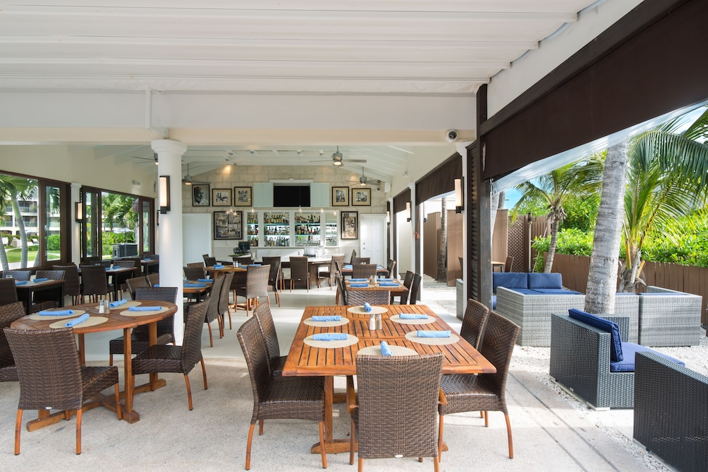 Breakfast Area, The Sands at Grace Bay