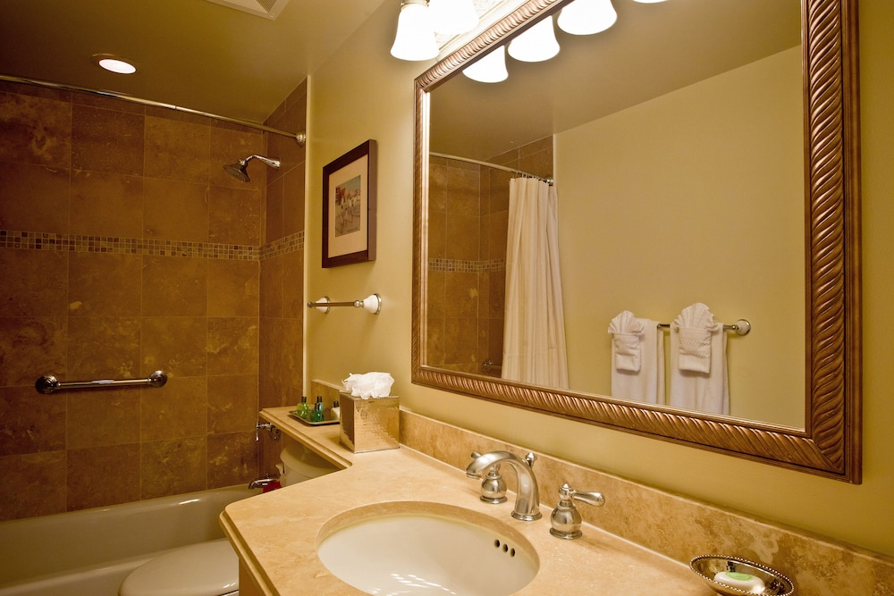 Bathroom, The Sands at Grace Bay