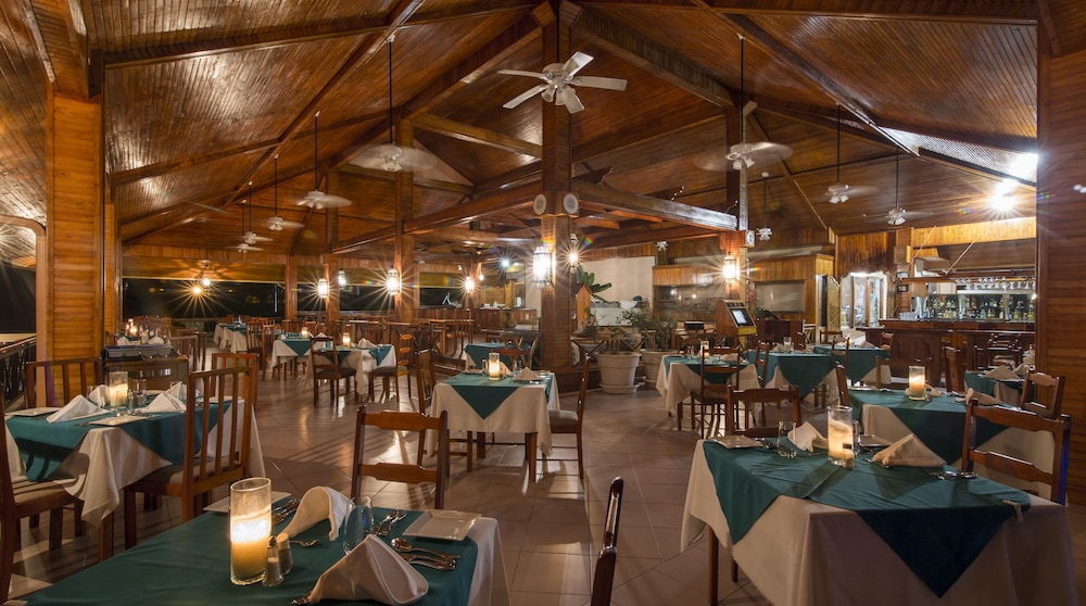 Restaurant, Le Grand Courlan Spa Resort