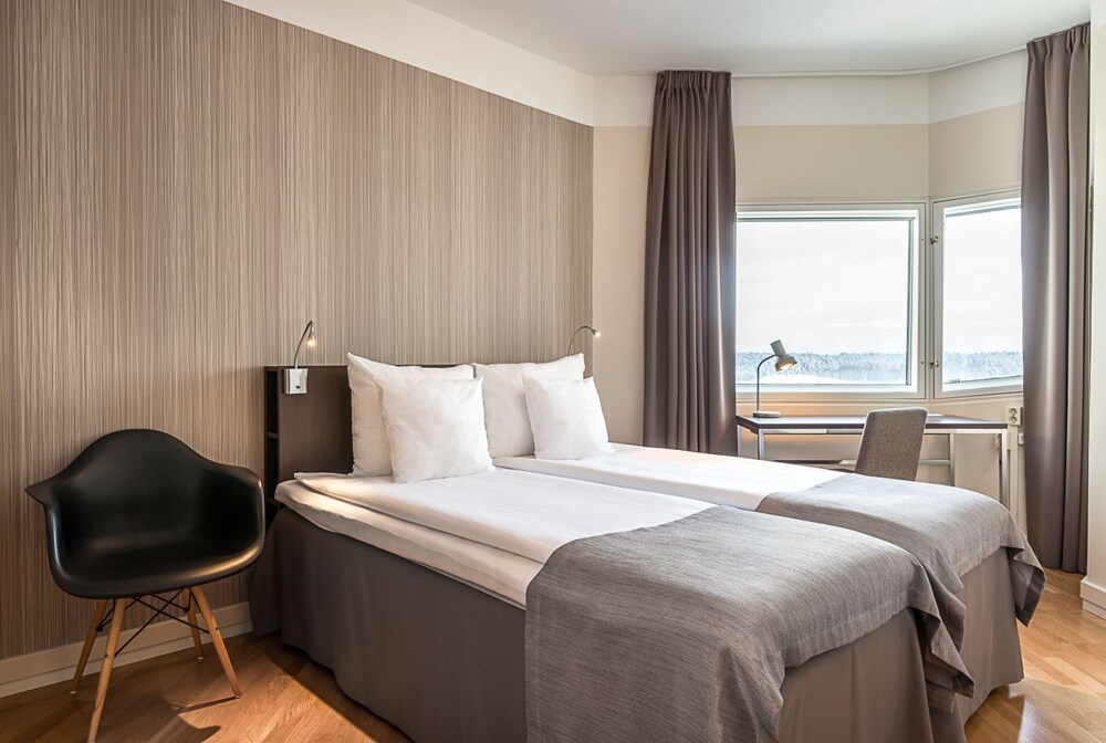 Quality hotel airport arlanda in stockholm hotel rates for Hotels near arlanda airport