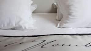 Coffres-forts dans les chambres, bureau, lits bébé (gratuits)