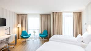 Premium-sengetøj, minibar, pengeskab, med varierende dekoration