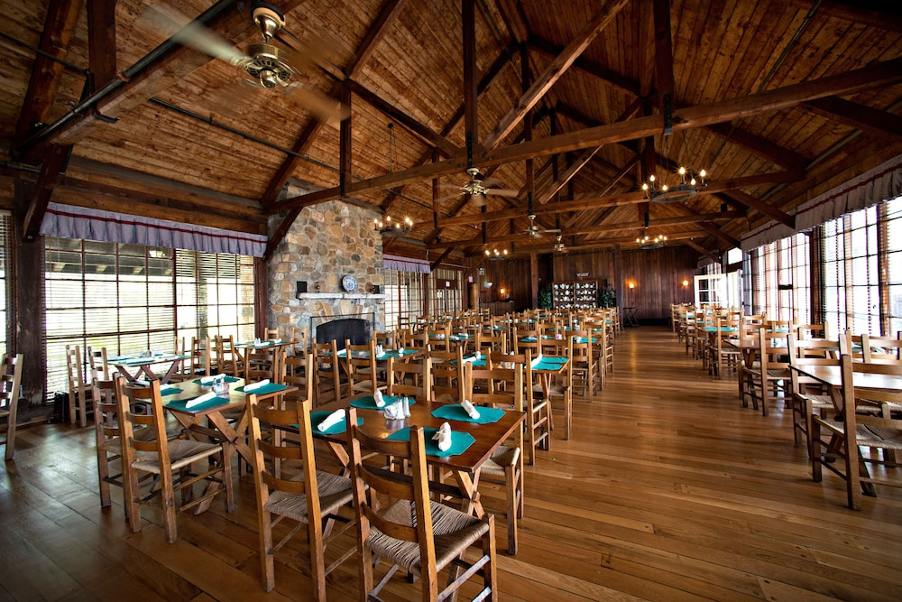 Dining, Big Meadows Lodge