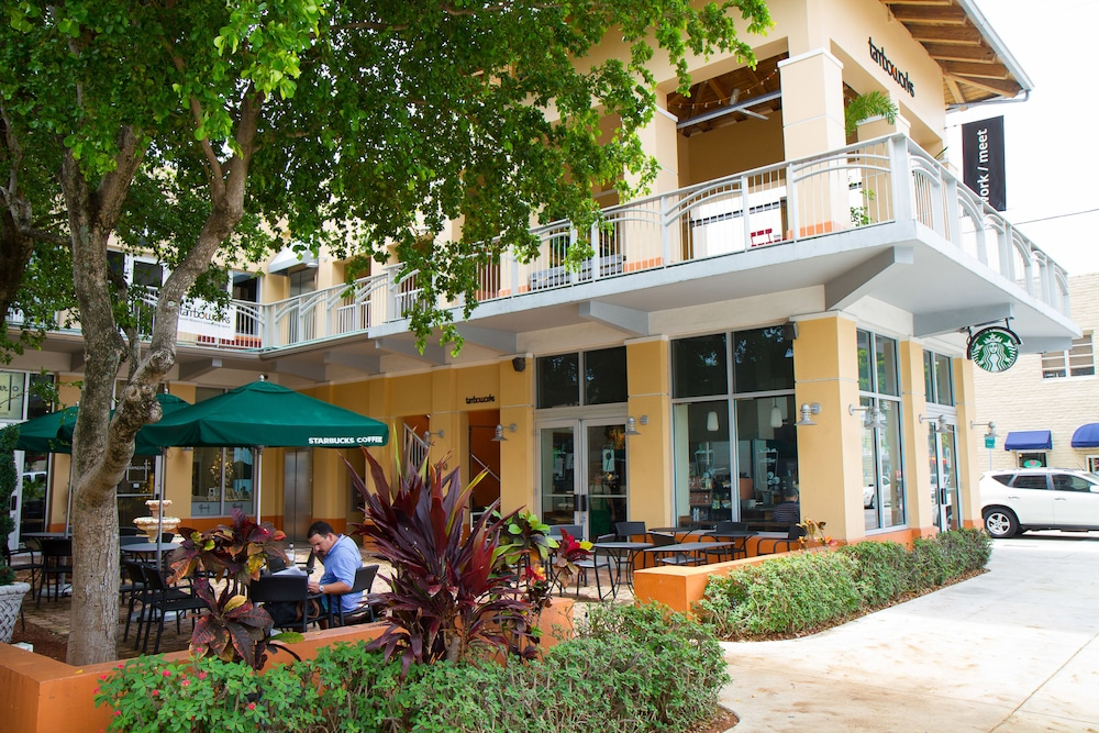 Rodeway Inn South Miami Coral Gables In Miami Fl Expedia