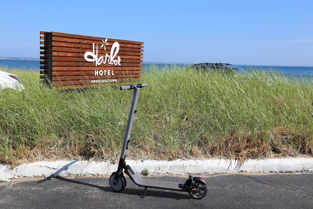 Scooter/Moped, Harbor Hotel Provincetown