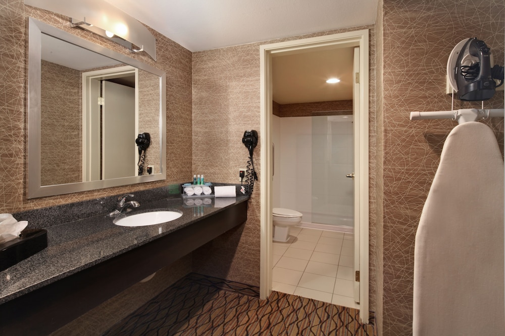 Bathroom, Holiday Inn Express Port Hueneme, an IHG Hotel