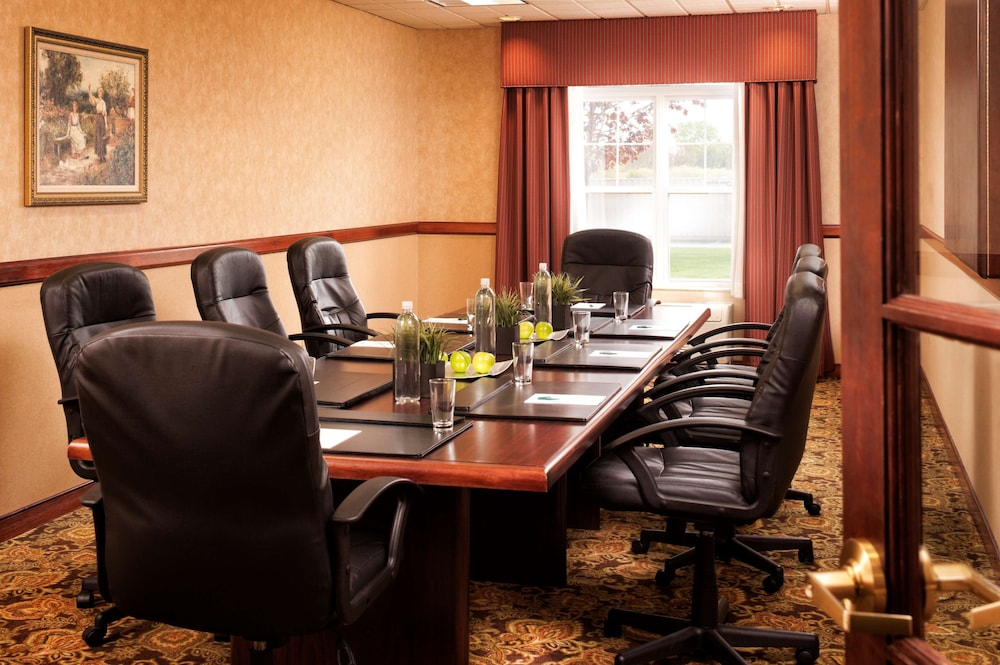 Meeting Facility, Country Inn & Suites by Radisson, Milwaukee West (Brookfield), WI