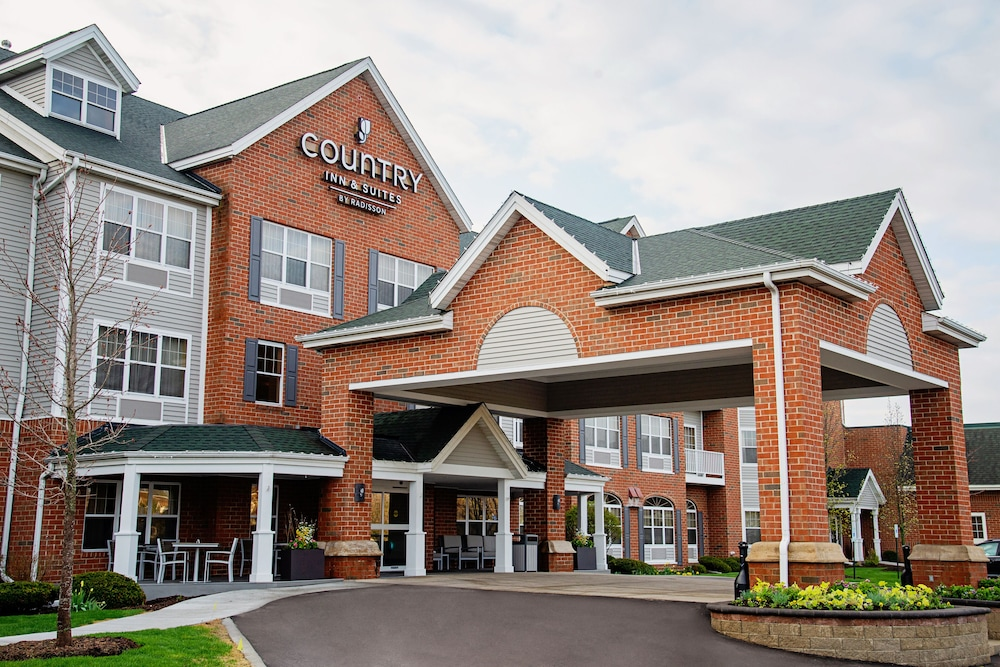 Featured Image, Country Inn & Suites by Radisson, Milwaukee West (Brookfield), WI