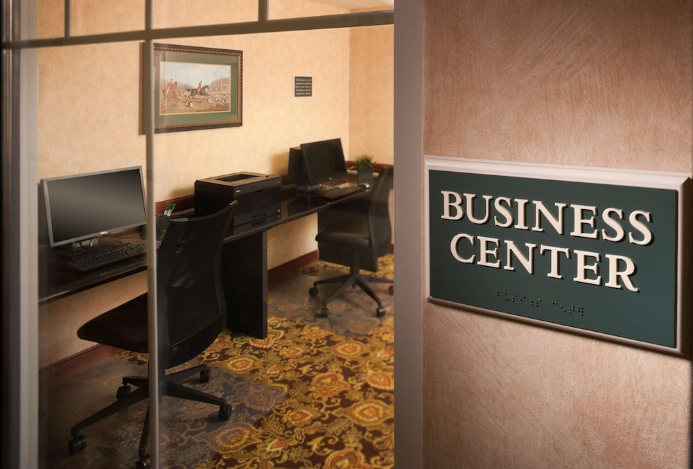 Business Center, Country Inn & Suites by Radisson, Milwaukee West (Brookfield), WI