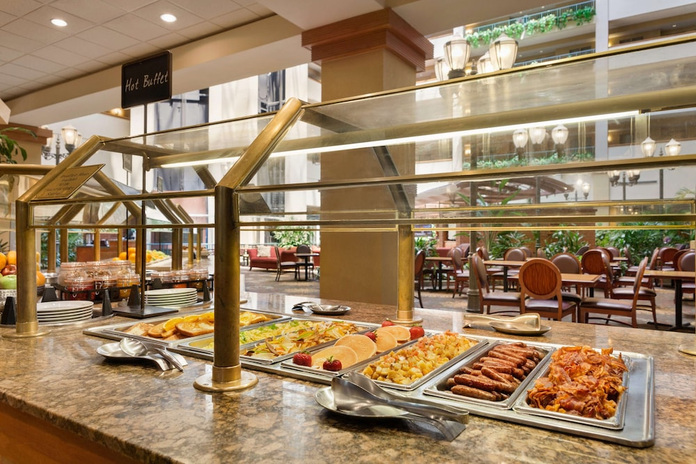 Restaurant, Embassy Suites by Hilton Charleston Airport Convention Ctr