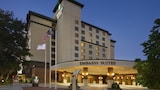 Embassy Suites Lincoln - Lincoln Hotels