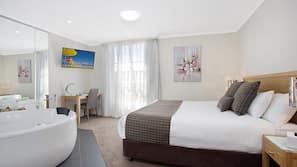 Premium bedding, minibar, iron/ironing board, free WiFi
