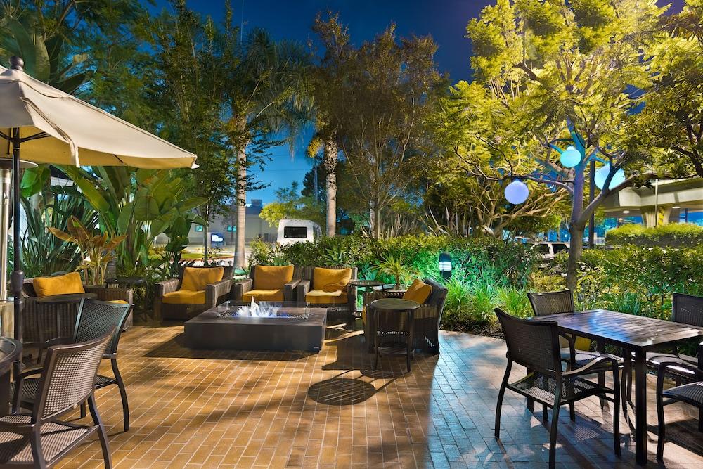 call center hours - Hilton Garden Inn El Segundo