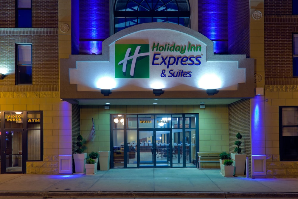 Featured Image, Holiday Inn Express Hotel & Suites Deadwood-Gold Dust Casino, an IHG Hotel