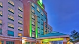 Holiday Inn Hotel & Suites Oakville @ Bronte - Oakville Hotels