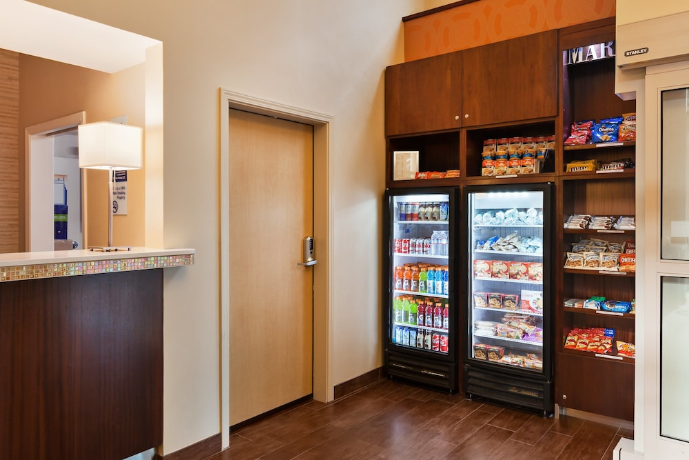 Food and Drink, Holiday Inn Express Hotel & Suites San Jose-Morgan Hill, an IHG Hotel