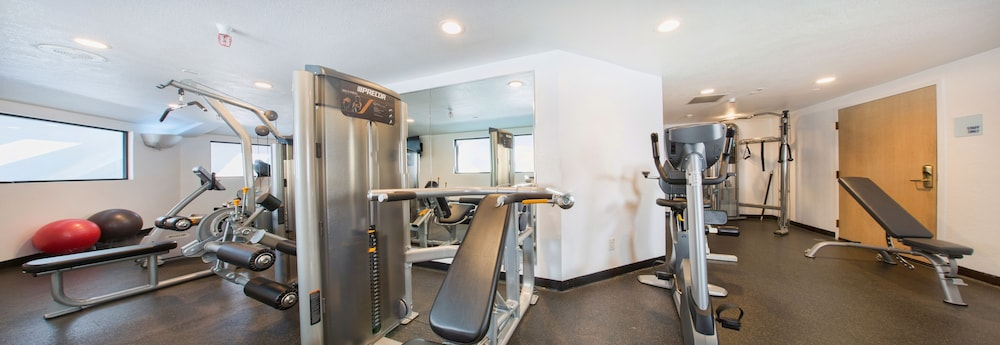 Gym, Holiday Inn Express Hotel & Suites San Jose-Morgan Hill, an IHG Hotel