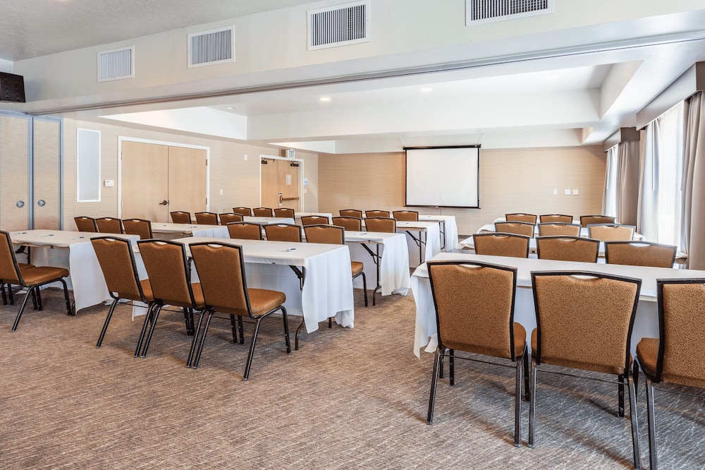 Meeting Facility, Holiday Inn Express Hotel & Suites San Jose-Morgan Hill, an IHG Hotel