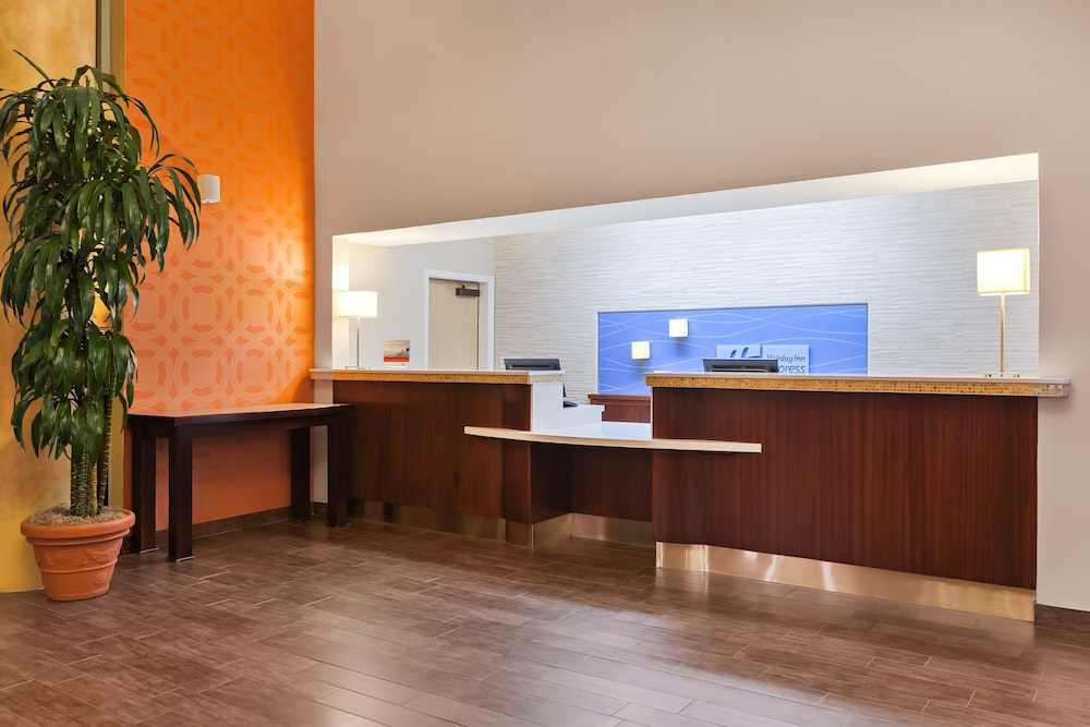 Interior, Holiday Inn Express Hotel & Suites San Jose-Morgan Hill, an IHG Hotel