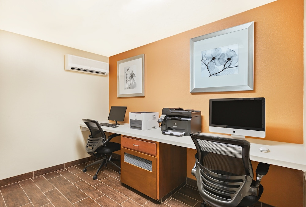 Business Center, Holiday Inn Express Hotel & Suites San Jose-Morgan Hill, an IHG Hotel