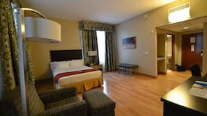 Premium bedding, down duvet, blackout curtains, iron/ironing board