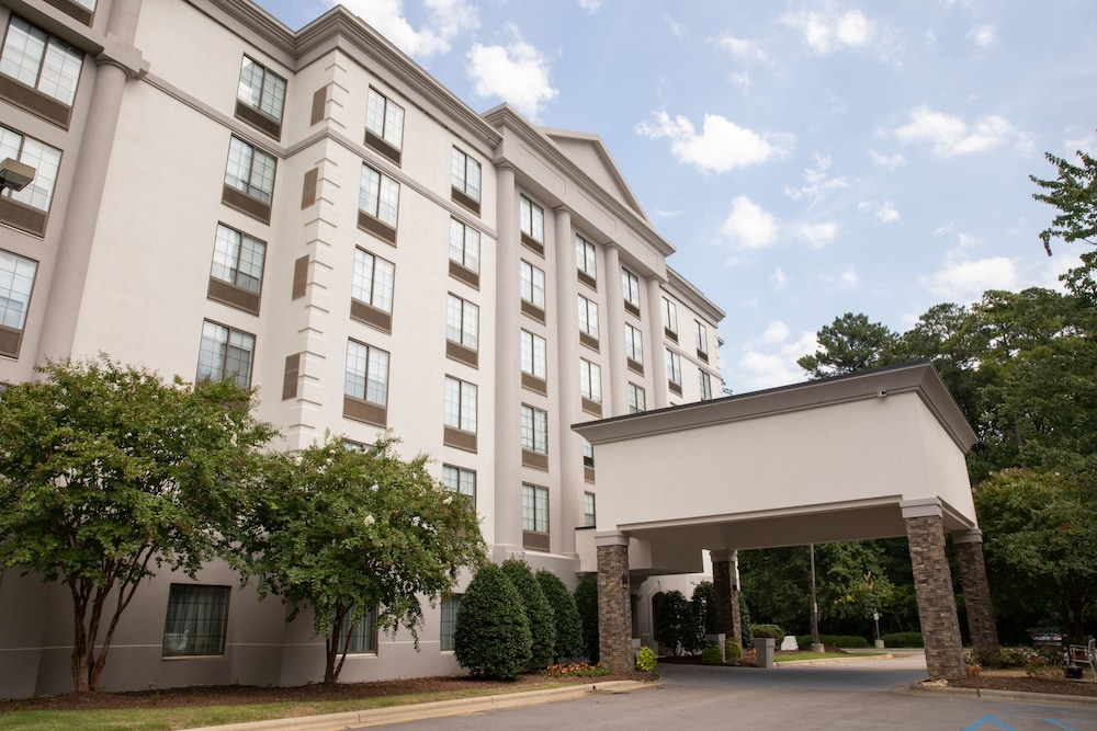 Terrace/Patio, Holiday Inn Hotel & Suites Raleigh / Cary, an IHG Hotel